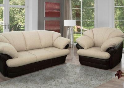 Moderni svetli trosed i fotelja bele boje
